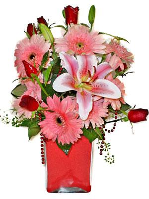 Antalya Melisa cicek , cicekci  karisik cam yada mika vazoda mevsim çiçekleri mevsim demeti