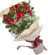 11 adet kirmizi güllerden özel buket  Antalya Melisa internetten çiçek siparişi