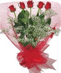 5 adet kirmizi gülden buket tanzimi  Antalya Melisa çiçek yolla
