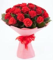 12 adet kırmızı gül buketi  Antalya Melisa çiçek siparişi sitesi