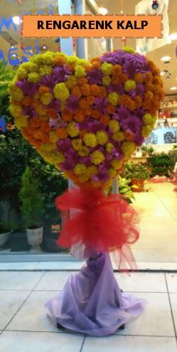 Ankara mevsim çiçeklerinden kalp perförje  Antalya Melisa çiçekçi telefonları