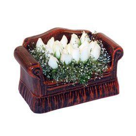 seramik içerisinde 11 gül  Antalya Melisa hediye çiçek yolla