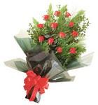 12 adet kirmizi gül buketi   Antalya Melisa çiçekçi mağazası