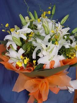 Antalya Melisa internetten çiçek satışı  5 ADET KAZABLANKA BUKETI KALITEDEN SASMAYANLARA