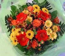 Antalya Melisa ucuz çiçek gönder  sade hos orta boy karisik demet çiçek