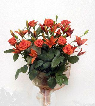 9 adet gül ve 3 adet lilyum çiçegi buketi   Antalya Melisa cicek , cicekci
