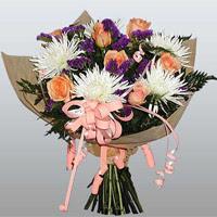 güller ve kir çiçekleri demeti   Antalya Melisa çiçekçiler