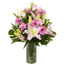 vazo içerisinde karisik mevsim çiçekleri  Antalya Melisa internetten çiçek siparişi