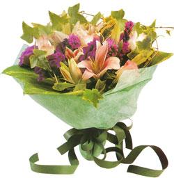 karisik mevsim buketi anneler günü ve sevilenlere  Antalya Melisa çiçekçi mağazası