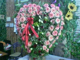 Antalya Melisa çiçek gönderme  SEVDIKLERINIZE ÖZEL KALP PANO