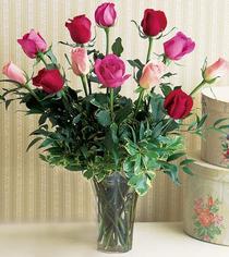 Antalya Melisa çiçek mağazası , çiçekçi adresleri  12 adet karisik renkte gül cam yada mika vazoda