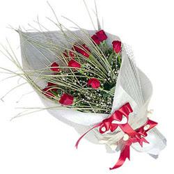 Antalya Melisa yurtiçi ve yurtdışı çiçek siparişi  11 adet kirmizi gül buket- Her gönderim için ideal
