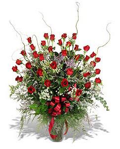 Antalya Melisa çiçek siparişi sitesi  33 adet kirmizi gül vazo içerisinde