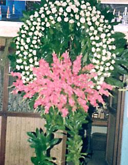 Cenaze çelenk , cenaze çiçekleri , çelengi  Antalya Melisa internetten çiçek satışı