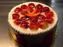 Meyvali yas pasta 4 ile 6 kisilik pasta  Antalya Melisa çiçek siparişi sitesi