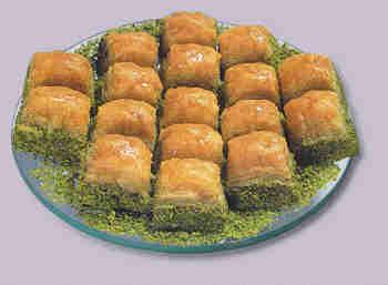 pasta tatli satisi essiz lezzette 1 kilo fistikli baklava  Antalya Melisa internetten çiçek siparişi