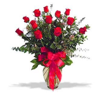 çiçek siparisi 11 adet kirmizi gül cam vazo  Antalya Melisa online çiçek gönderme sipariş