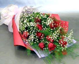 10 adet kirmizi gül çiçegi gönder  Antalya Melisa anneler günü çiçek yolla