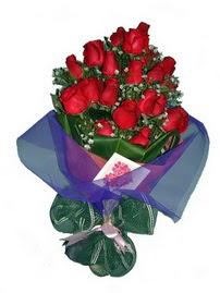 12 adet kirmizi gül buketi  Antalya Melisa online çiçek gönderme sipariş