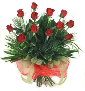 Çiçek yolla 12 adet kirmizi gül buketi  Antalya Melisa güvenli kaliteli hızlı çiçek