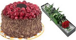 1 adet yas pasta ve 1 adet kutu gül  Antalya Melisa uluslararası çiçek gönderme