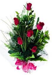 Antalya Melisa güvenli kaliteli hızlı çiçek  5 adet kirmizi gül buketi hediye ürünü
