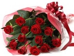 Antalya Melisa anneler günü çiçek yolla  10 adet kipkirmizi güllerden buket tanzimi
