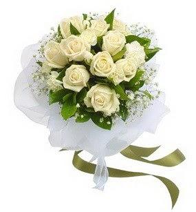 Antalya Melisa online çiçekçi , çiçek siparişi  11 adet benbeyaz güllerden buket