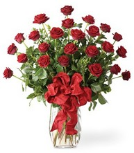 Sevgilime sıradışı hediye güller 24 gül  Antalya Melisa 14 şubat sevgililer günü çiçek