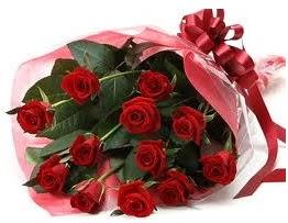 Sevgilime hediye eşsiz güller  Antalya Melisa uluslararası çiçek gönderme