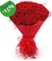 51 adet kırmızı gül buketi özel hissedenlere  Antalya Melisa çiçek siparişi sitesi