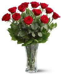 11 adet kırmızı gül vazoda  Antalya Melisa internetten çiçek siparişi