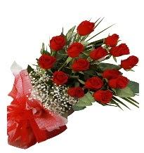 15 kırmızı gül buketi sevgiliye özel  Antalya Melisa çiçek gönderme sitemiz güvenlidir