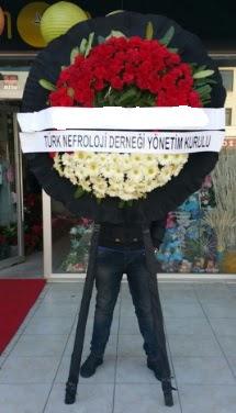Cenaze çiçek modeli  Antalya Melisa çiçek siparişi sitesi