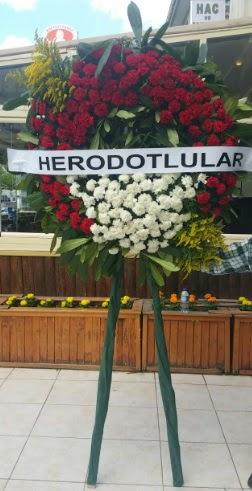 Cenaze çelengi cenazeye çiçek modeli  Antalya Melisa çiçek satışı