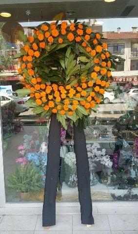 Cenaze çiçeği cenaze çelengi çiçek modeli  Antalya Melisa çiçek gönderme