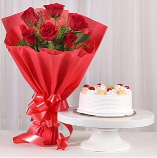 6 Kırmızı gül ve 4 kişilik yaş pasta  Antalya Melisa çiçek , çiçekçi , çiçekçilik