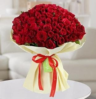 101 adet kırmızı gül buketi koca demet  Antalya Melisa internetten çiçek siparişi