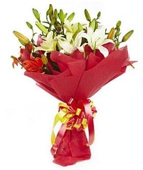 5 dal kazanlanka lilyum buketi  Antalya Melisa çiçek gönderme sitemiz güvenlidir