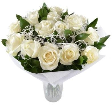 15 beyaz gül buketi sade aşk  Antalya Melisa çiçek satışı