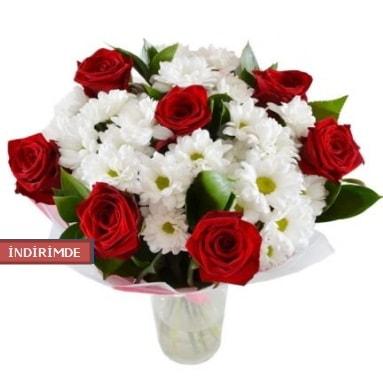 7 kırmızı gül ve 1 demet krizantem  Antalya Melisa çiçek gönderme sitemiz güvenlidir